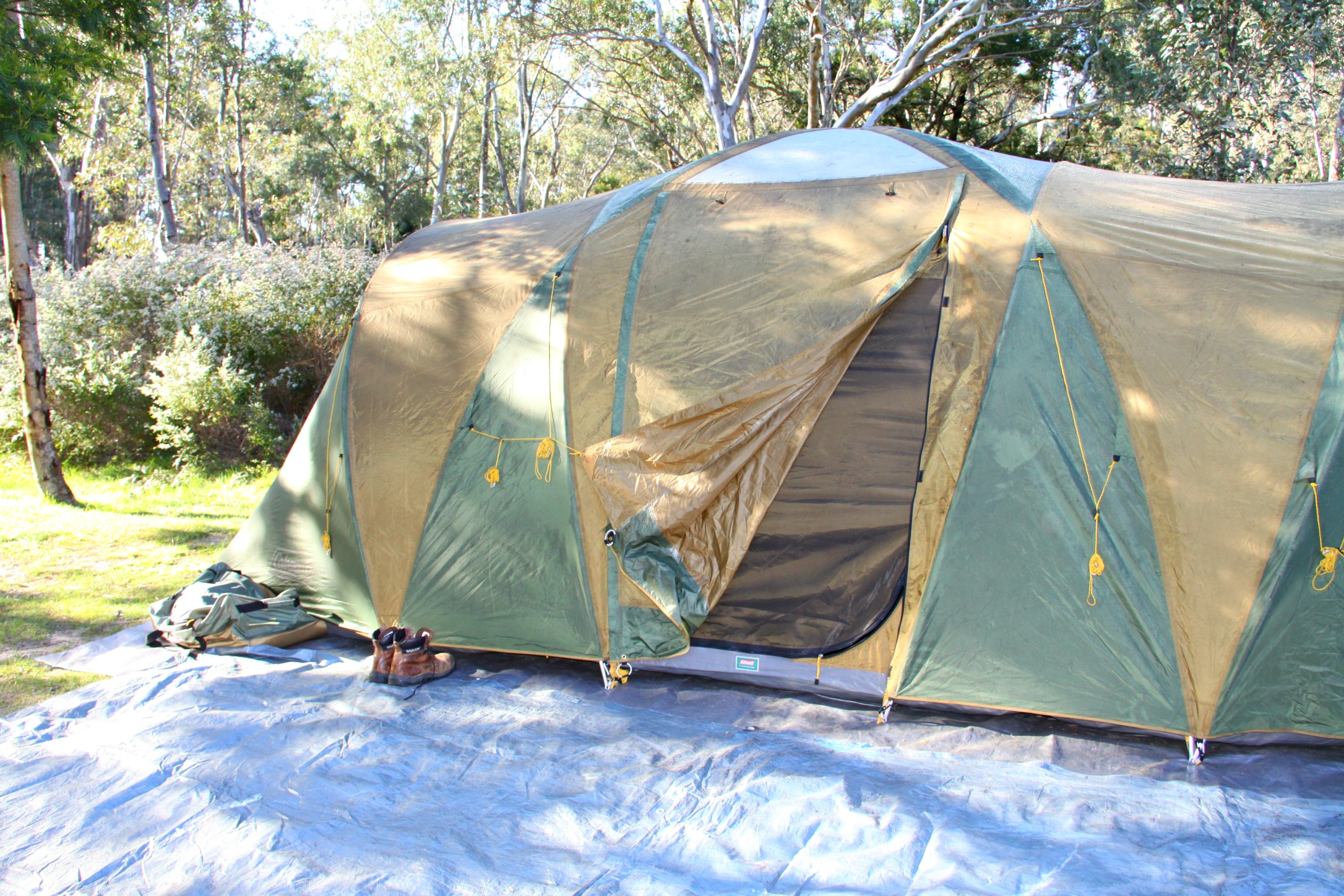 The large tent is filled with air which will be cold and so choose a small tent with the minimum amount of space you need. Cosy means warm in winter. & Top tips for camping in a tent in the Aussie Winter with Kids ...